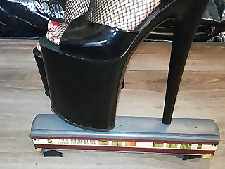 Lady L crush train with sexy black 20 cm extreme high heels.